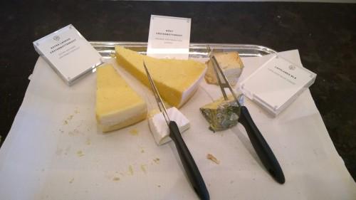 Ostbricka på Grand Hotels smörgåsbord